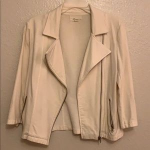Cream/white blazer